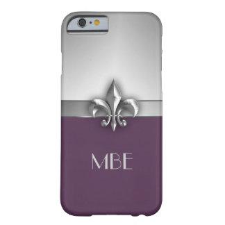 Flor de lis de plata púrpura del metal del funda de iPhone 6 barely there