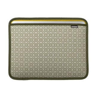 Flor de lis elegante del verde verde oliva que rep fundas MacBook