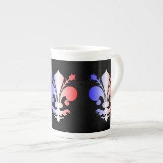 Flor de lis en azul blanco y rojo tazas de porcelana