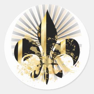 Flor de lis/negro + oro pegatina redonda