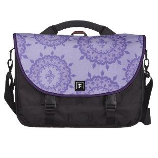 Flor de lis púrpura bolsas de portatil