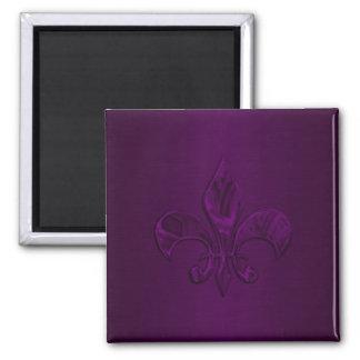 Flor de lis púrpura oscura imán cuadrado