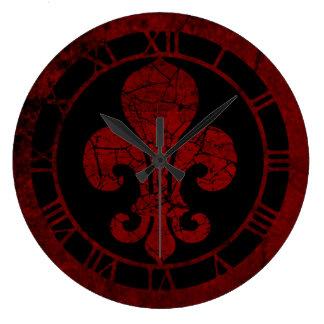 Flor de lis roja agrietada reloj redondo grande