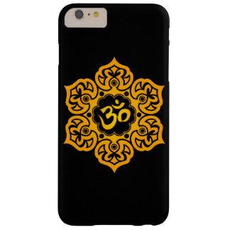 Flor de Lotus amarilla OM en negro Funda Barely There iPhone 6 Plus