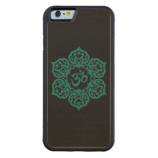 Flor de Lotus azul del trullo OM en negro Funda De iPhone 6 Bumper Arce