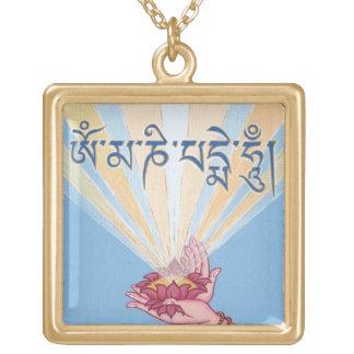 Flor de Lotus con mantra: Ronquido de OM Mani Colgante Cuadrado