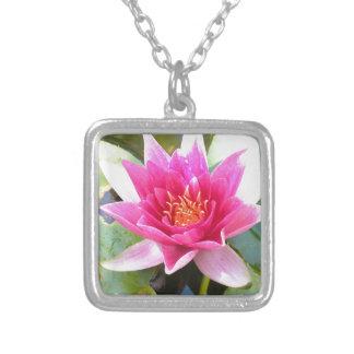 Flor de Lotus del lirio de agua Joyerías