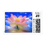 Flor de Lotus llevada en agua Franqueo