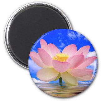 Flor de Lotus llevada en agua Imán Redondo 5 Cm