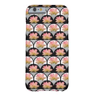 Flor de Lotus retra Funda De iPhone 6 Barely There