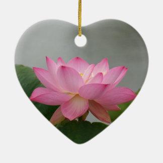 Flor de Lotus rosada Ornamento De Navidad