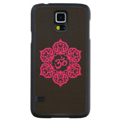 Flor de Lotus rosada OM en negro Funda De Galaxy S5 Slim Arce