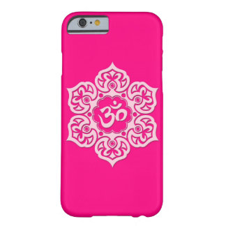 Flor de Lotus rosada OM Funda Barely There iPhone 6