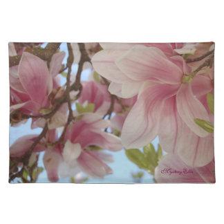 """""""flor de magnolio"""" by mysteryella mantel"""