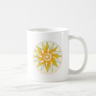 Flor de oro del brillo de Sun Tazas