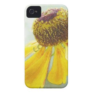 Flor de oro del Helenium Funda Para iPhone 4 De Case-Mate