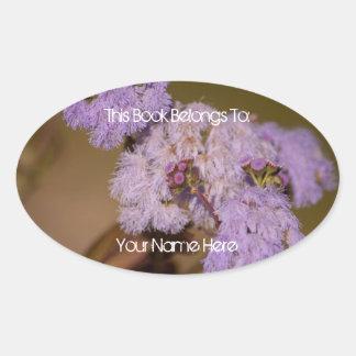 Flor de punta púrpura pegatina ovalada