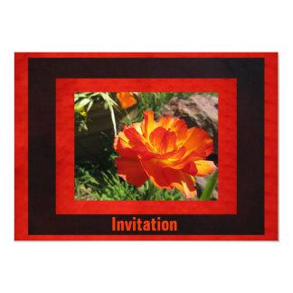 Flor del amarillo anaranjado invitación 12,7 x 17,8 cm