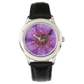 Flor del Clematis púrpura Reloj