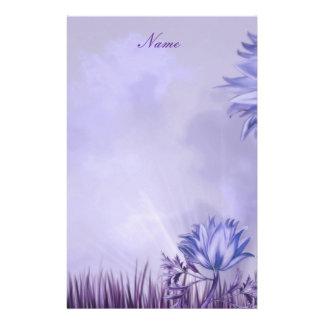 Flor del color de malva de la lila de los efectos   papeleria de diseño