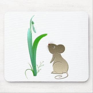 Flor del descenso de la nieve y ratón lindo alfombrillas de ratones