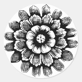 Flor del este negra pegatina redonda