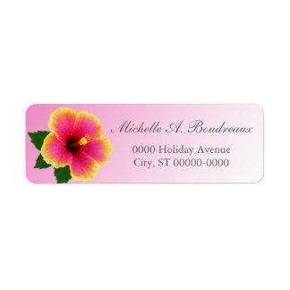Flor del hibisco en rosa etiqueta de remite