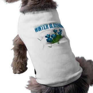 Flor del invierno camiseta de perro