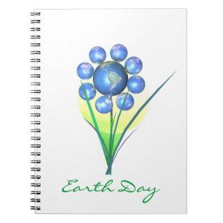 Flor del mundo del Día de la Tierra Libro De Apuntes Con Espiral