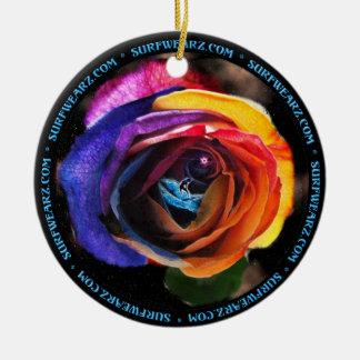 Flor del océano del arco iris adorno navideño redondo de cerámica