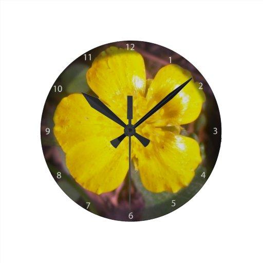 Flor del ranúnculo relojes