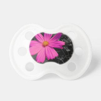 flor del rosa del chapoteo del black&white chupete de bebé