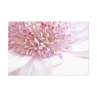 Flor del rosa en colores pastel impresión en lona estirada