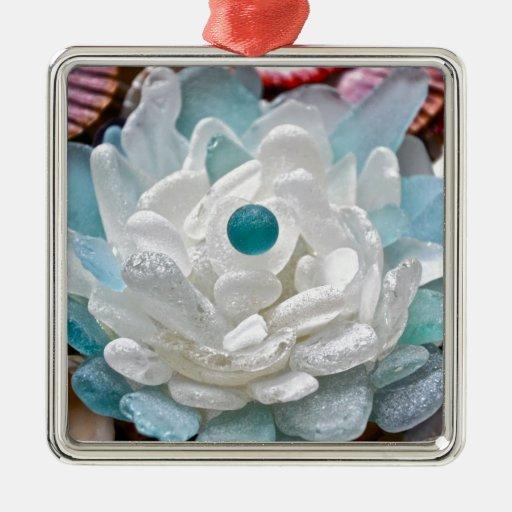 Flor del vidrio del mar blanco adorno cuadrado plateado