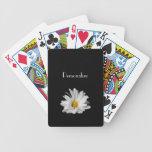 Flor elegante de la margarita blanca con nombre baraja cartas de poker