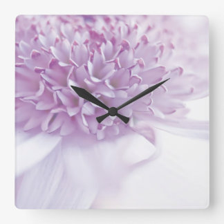 Flor en colores pastel de la lavanda reloj