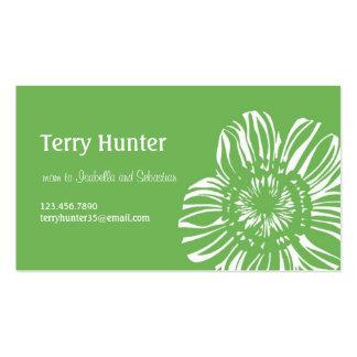 Flor en fondo verde tarjetas de visita