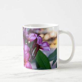 Flor exótica, taza de café