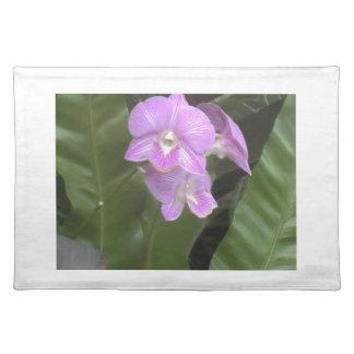 Flor floral púrpura hermosa manteles