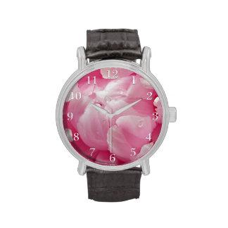 Flor floreciente romántica rosada del peony con de reloj