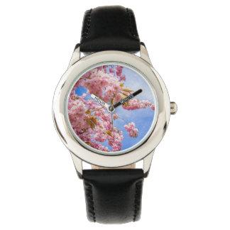 Flor japonés hermoso del cerezo relojes de mano