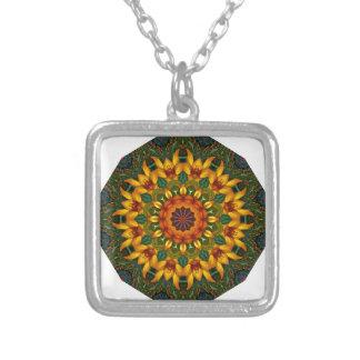 Flor-Mandala, iris anaranjado Colgante Cuadrado