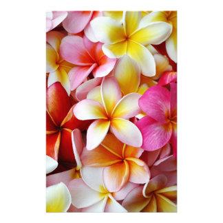 Flor mezclada blanca amarilla rosada del Plumeria Papeleria Personalizada