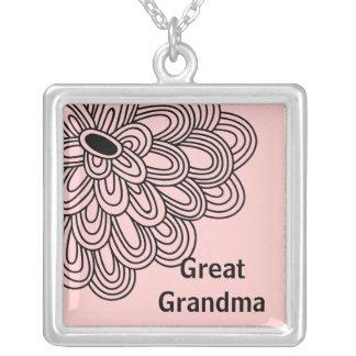 Flor negra de moda del gran collar de la abuela en