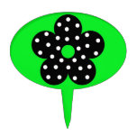 Flor negra del lunar en fondo verde figura para tarta