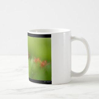 Flor preciosa en el mundo taza de café