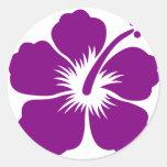 Flor púrpura de la hawaiana pegatina redonda
