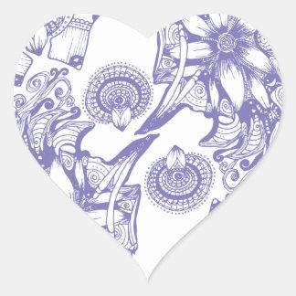 Flor púrpura de la paciencia pegatina en forma de corazón
