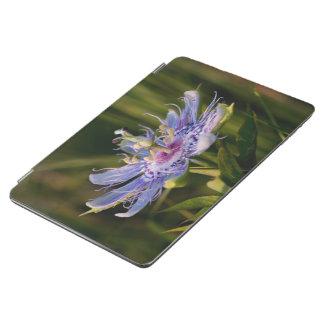 Flor púrpura de la pasión cubierta de iPad air