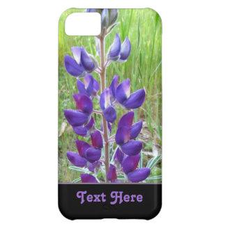 Flor púrpura del altramuz